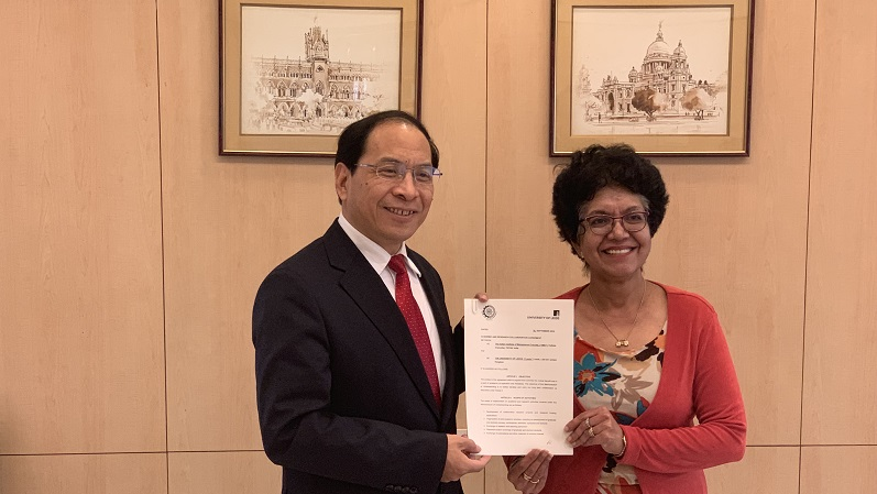 Business School signs MOU with prestigious Indian Institute of Management: Calcutta