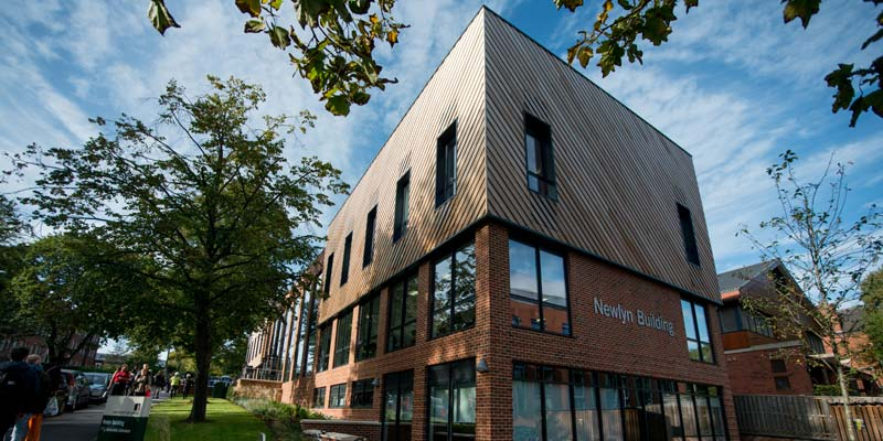 Business School celebrates the opening of the Newlyn Building