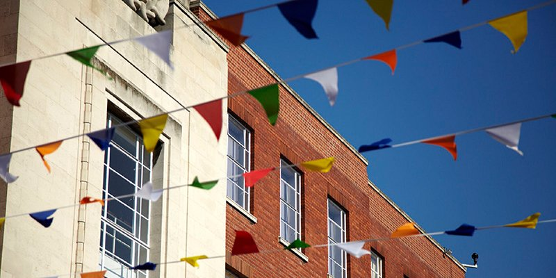Bunting on campus